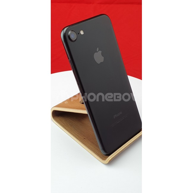 Apple iPhone 7 (32GB) [Grade A]