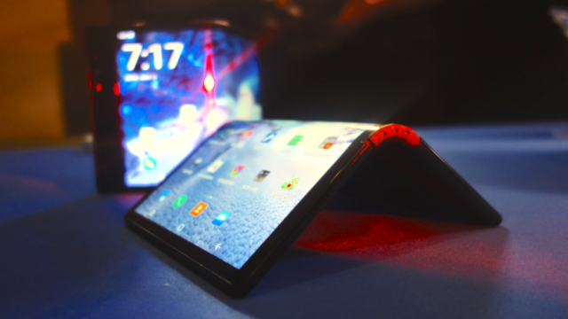 ALL YOU NEED TO KNOW ABOUT FOLDABLE PHONES
